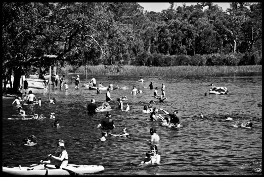 Lake Leschenaultia 02